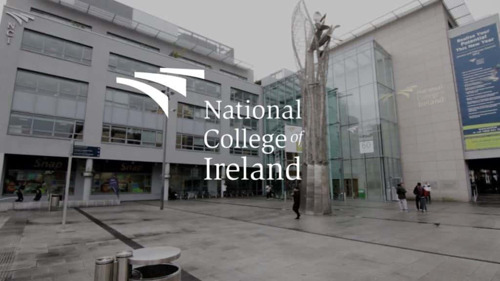 منحة الكلية الوطنية الأيرلندية